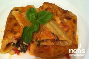 Beşamel Soslu Peynirli Ispanaklı Manicotti Tarifi