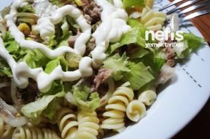 Makarnalı Tonbalık Salatası Tarifi
