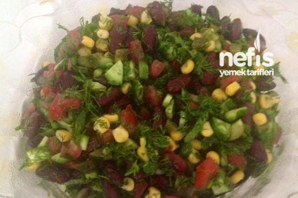 Meksika Fasulye Salatası Tarifi