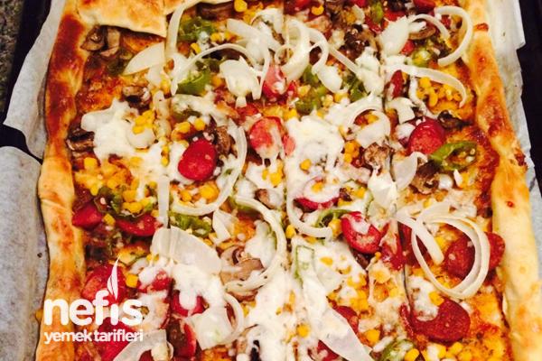 Sarımsak Kenarlı Pizza Tarifi