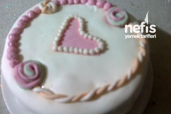 Şeker Hamurundan Yaş Pasta 2