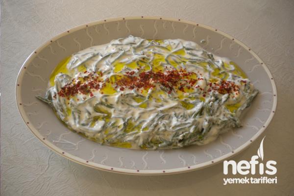 Yoğurtlu Deniz Börülcesi Salatası Tarifi