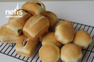 Zeytinli Ekmekler ( Muffin Kalıplarında ) Tarifi
