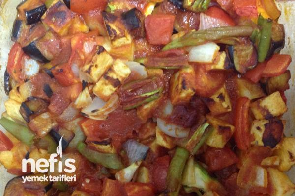 Fırında Patlıcan Yemeği Yapılışı Tarifi