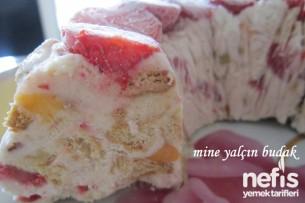 Meyveli Soğuk Pasta Tarifi