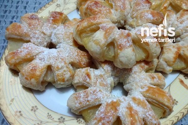 Milföy Hamurundan Ananaslı Çiçek Tatlısı  3