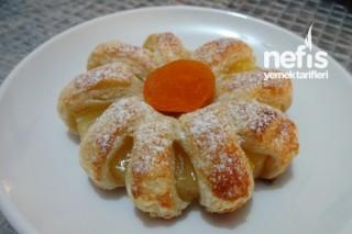 Milföy Hamurundan Ananaslı Çiçek Tatlısı Tarifi