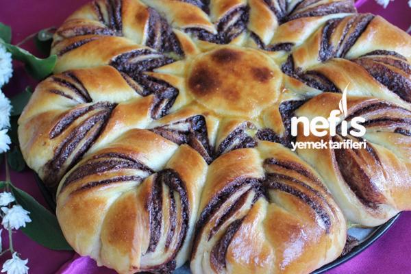 Nutellalı Çiçek Ekmek Tarifi
