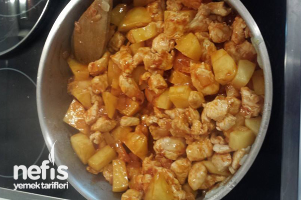 Tavuklu Bezelye Yemeği - Nefis Yemek Tarifleri - Serife Güzel