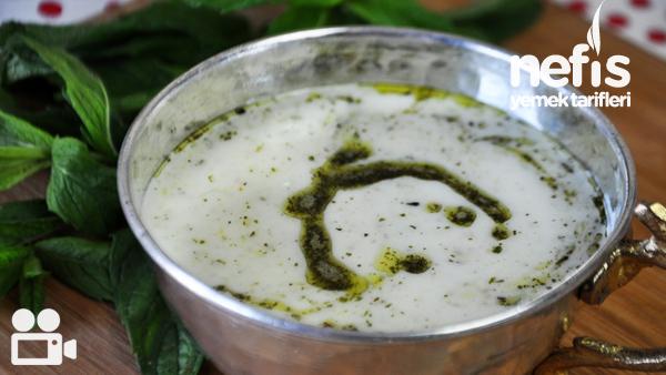 Yayla Çorbası Nasıl Yapılır? Videolu