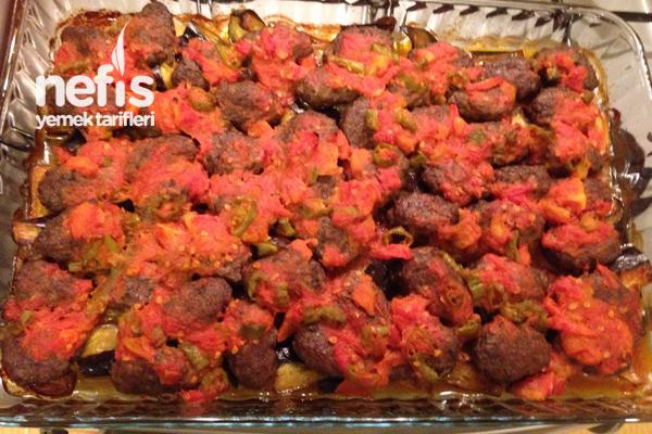 Annemin Köfteli Patlıcan Kebabı Tarifi