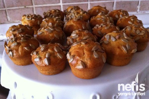 Çekirdekli Minik Ekmekler Tarifi