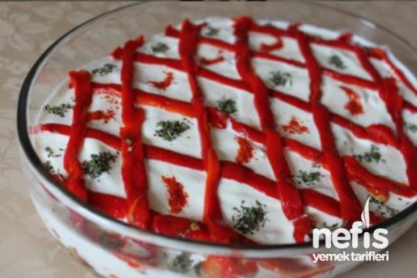 Etimekli Patlıcan Salatası Tarifi
