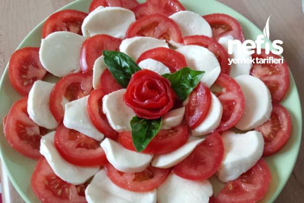 Fesleğenli Mozzarella Salatası 2