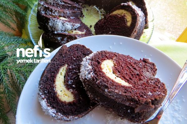 İçi Krem Peynirli Çikolatalı Kek 1