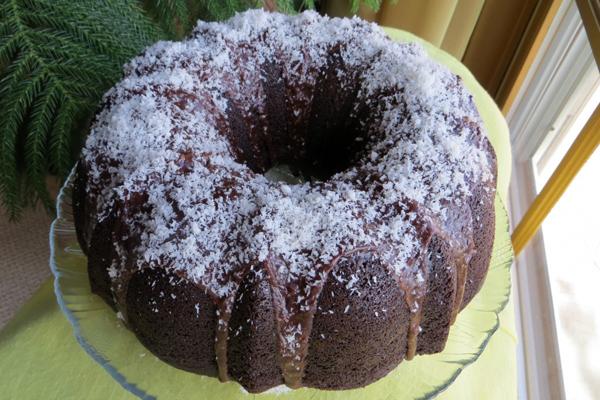 İçi Krem Peynirli Çikolatalı Kek 5