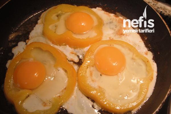 Kahvaltılık Biberli Yumurta 4