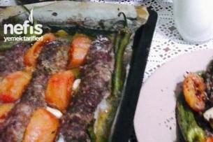 Kıyma Kapamalı Patlıcan Kebabı Tarifi