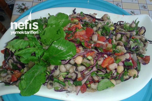 Kuru Börülceli Mor Lahana Salatası Tarifi