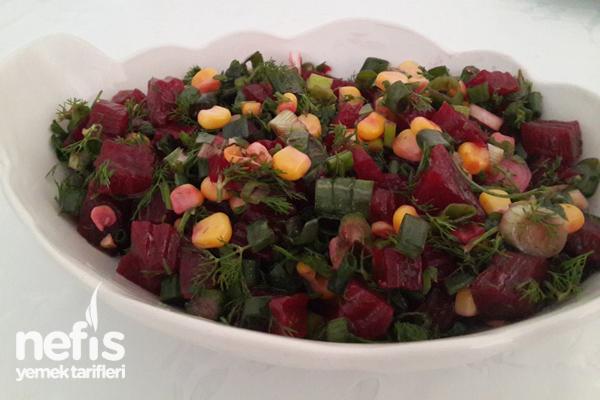Pancar Turşusu Salatası Tarifi