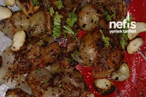 Sarımsak Soğan Köz Salatası Tarifi