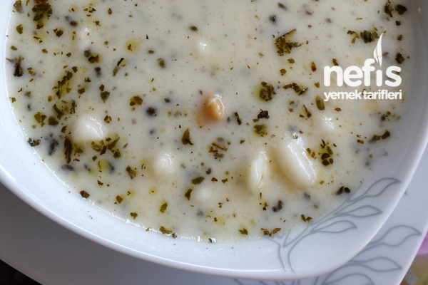 Yoğurtlu Yüksük Çorbası ( Mantı Çorbası) (videolu) Tarifi