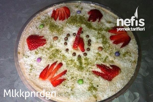 Yumuşacık Yaş Pasta (Çok Pratik) Tarifi