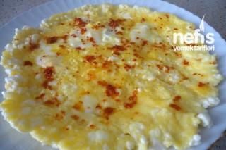 Beyaz Peynirli Omlet Tarifi