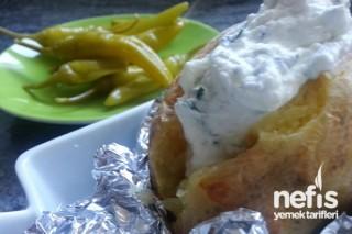 Fırında Köz Patates Süsme Yoğurt ile Tarifi
