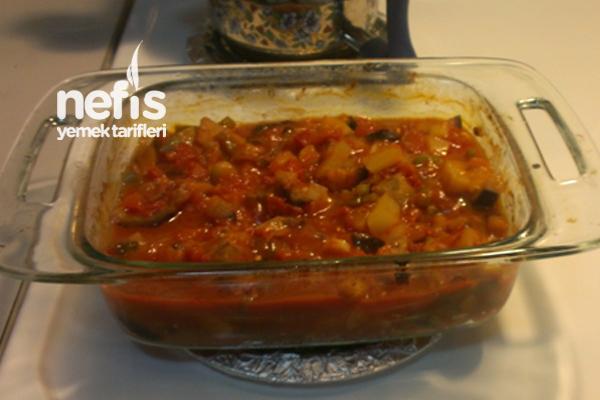 Fırında Patlıcanlı Türlü Tarifi