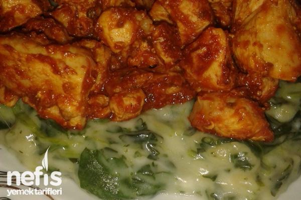 Ispanak Beğendili Baharatlı Tavuk Tarifi