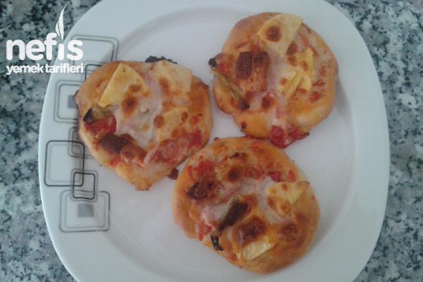Mini Ev Pizzası Tarifi