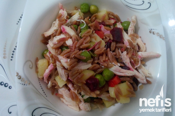 Pancar Turşulu Tavuk Salatası Tarifi