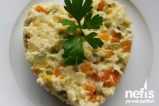Patates Püreli Rus Salatası Tarifi
