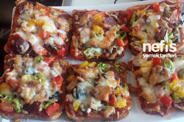 Pratik Şipşak Tost Pizzası Tarifi