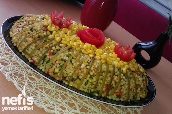 Sebzeli Kuskus Salatası Tarifi