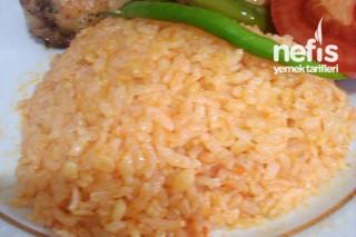 Domatesli Bulgurlu Pirinç Pilavı Tarifi
