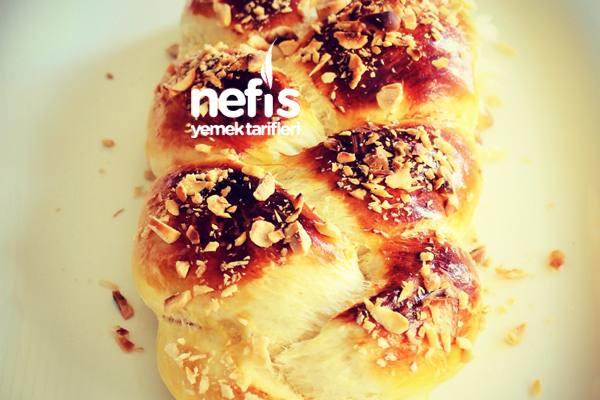 Paskalya Çöreği Nasıl Yapılır? (videolu)