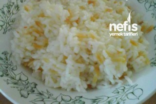 Pirinç Pilavı (Şehriyeli) Tarifi