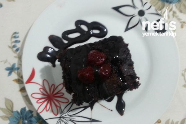 Vişneli Çikolatalı Brownie Tarifi