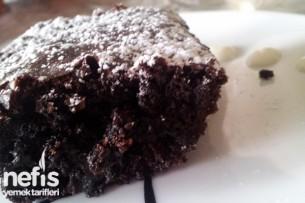 Yoğun Çikolatalı Brownie Tarifi