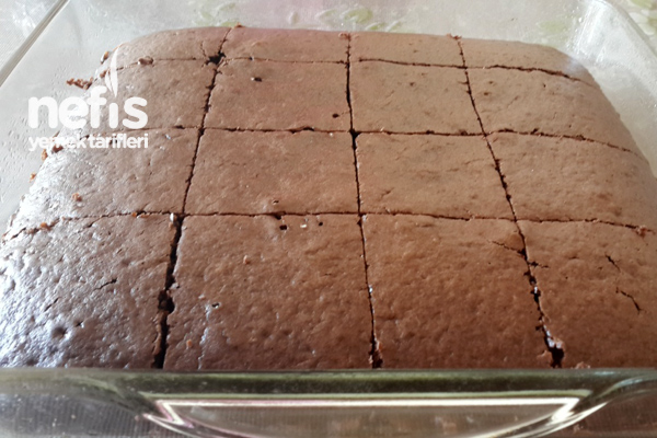 Çikolata Soslu Islak Kek 3