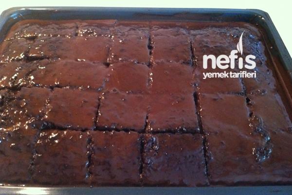 Çikolata Soslu Kunta Kinte Kek 4