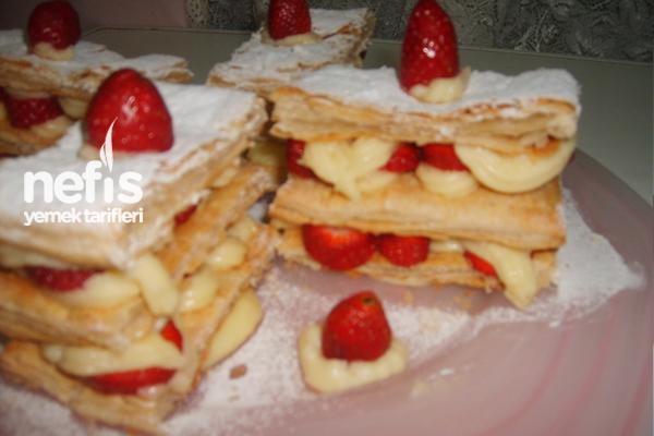 Çilekli Milföy Pasta 3