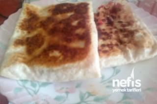 Domatesli Peynirli Gözleme Tarifi