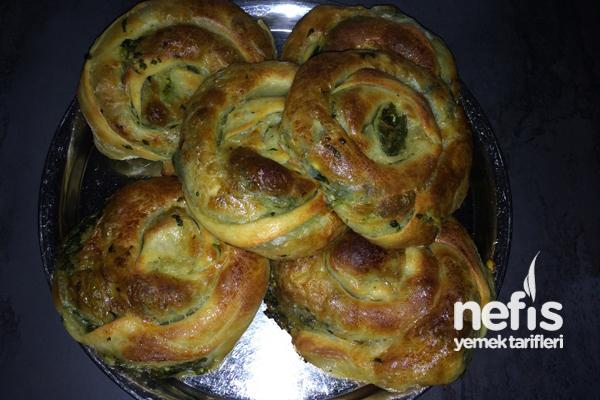 Ispanaklı Kol Böreği Nasıl Yapılır?