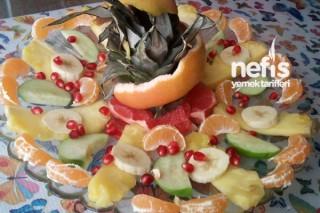 Meyve Yemeyen Çocuklar İçin Salata Tarifi