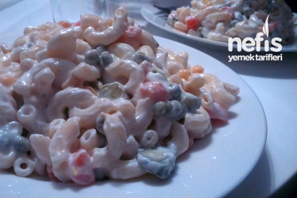Nefis Makarna Salata Tarifi