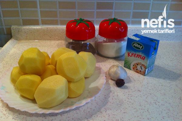 Süper Sarımsaklı Kremalı Patates 1