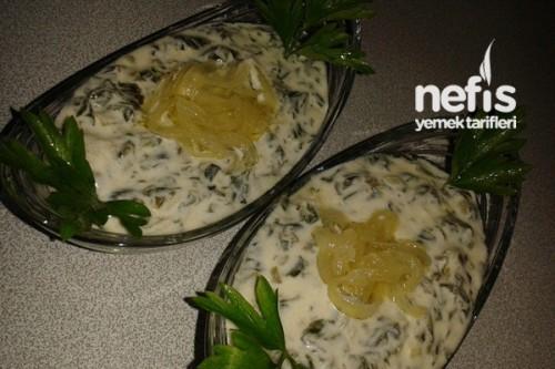 Yoğurtlu Ispanak Salatası Tarifi Videosu